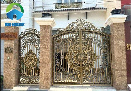 mẫu gạch ốp cổng màu vàng nâu