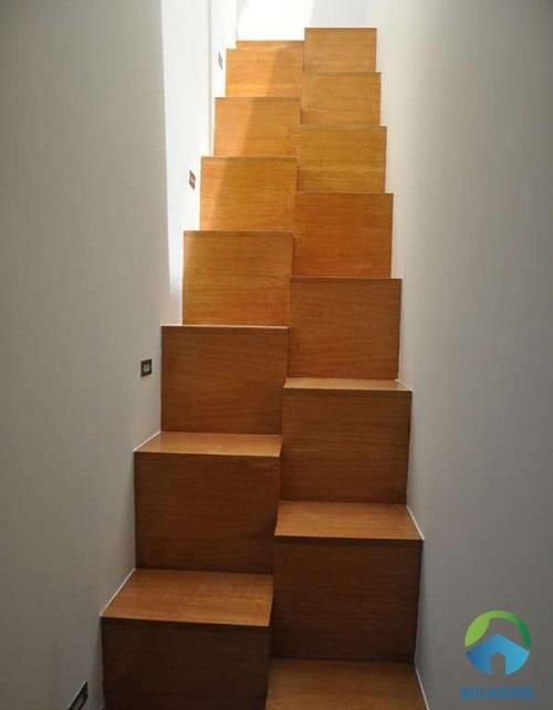 Mẫu cầu thang nhỏ gọn đơn giản