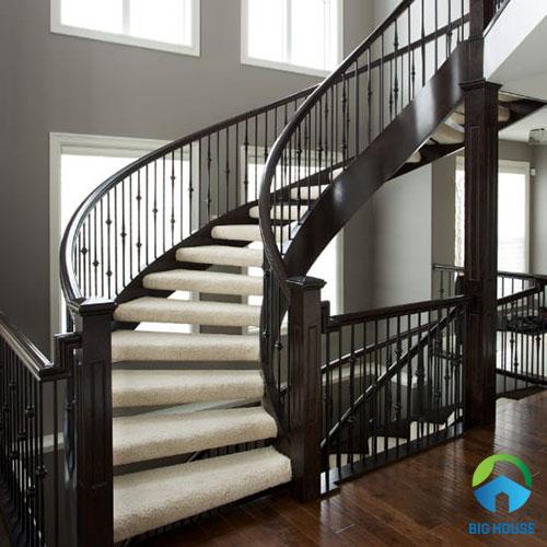 cầu thang 19 bậc có phù hợp không