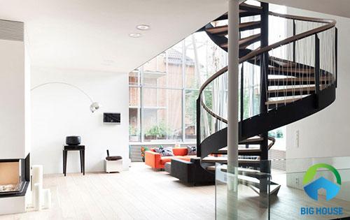 thiết kế cầu thang nhà ống 2 tầng
