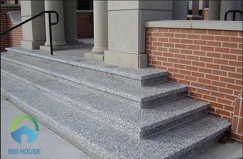 Thiết kế cầu thang tam cấp