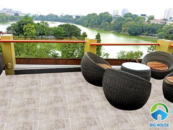 Top mẫu gạch granite lát sân thượng Đẹp 2020 kèm Báo giá