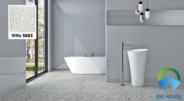 Hoặc bạn cũng có thể lựa chọn mẫu gạch Vitto 5882 80x80 giả đá. Họa tiết đá sỏi rất nhỏ với màu sắc hài hòa mang đến vẻ đẹp lôi cuốn cho không gian phòng tắm. Bề mặt gạch sần nên hạn chế tối đa hiện tượng trơn trượt khi sử dụng