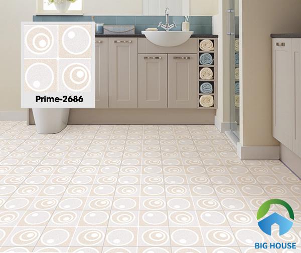 Gạch Prime 2886 chính là sự lựa chọn hoàn hảo về một mẫu gạch chống trơn hiệu quả. Kích thước gạch 30x30 thích hợp với những diện tích phòng tắm không quá lớn. Họa tiết hình học của gạch tạo sự khác biệt và mới mẻ
