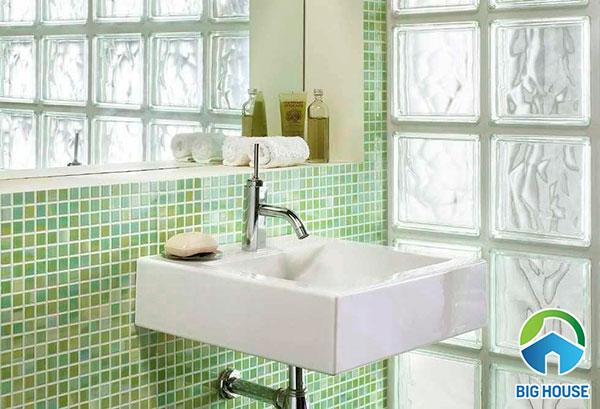 Mẫu gạch ốp tường nhà tắm mosaic độc đáo