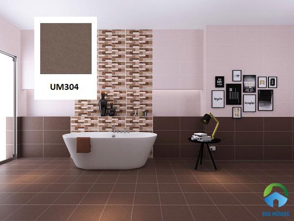 Gạch Viglacera UM304 phủ men sần chống trơn tốt thích hợp với khu vực ẩm ướt như nhà tắm, nhà vệ sinh. Mẫu gạch này có màu nâu socola đặc biệt, mang tính thẩm mỹ cao